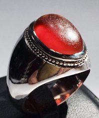 انگشتر عقیق سرخ یمنی تراشدار قطعی زیرو رو تراش با پایه فدیوم مدل عرب A-594