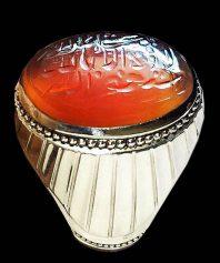 انگشتر کلکسیونی با خط پر برکت حاج حسین شهید ذکر زیبای ماشاالله کبیر و پایه فدیوم بی نظیر مدل شیاری A-613