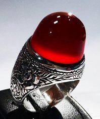 انگشتر تمام قلم بی نظیر و کلکسیونی مرحوم میرزا جعفر قدیمیان با عقیق سرخ یمنی کهنه و آبدار A-574