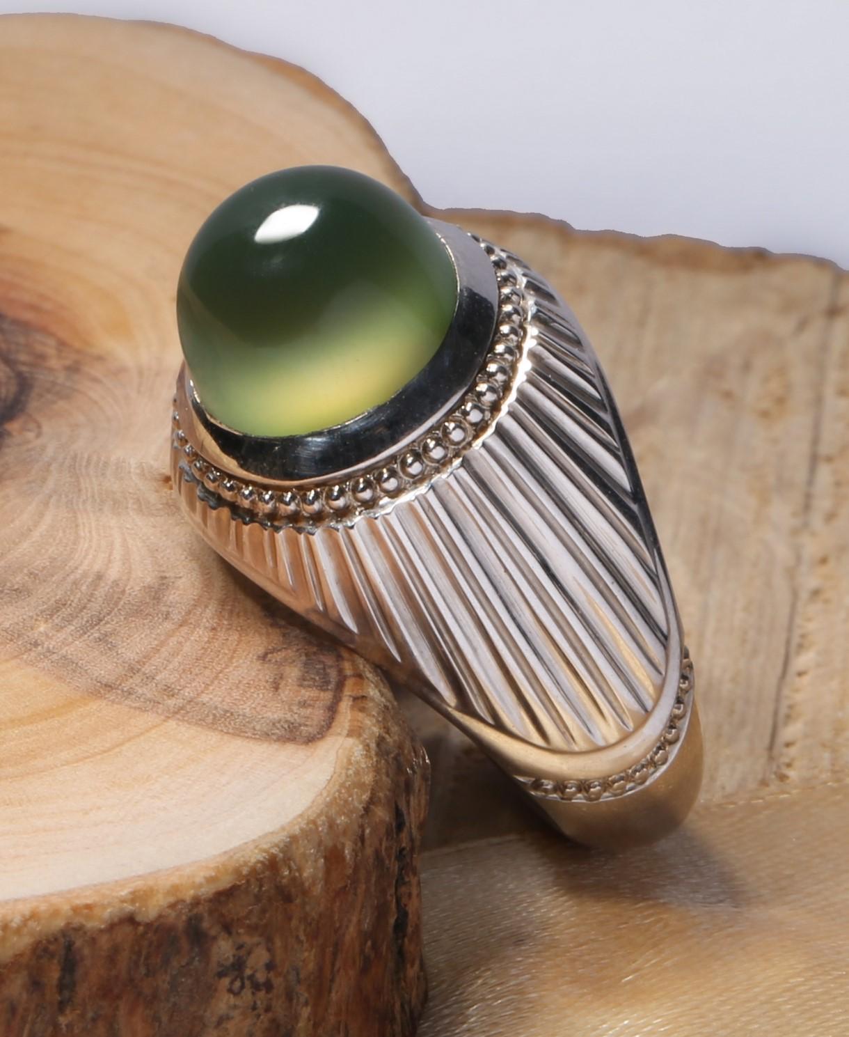 A-1531 انگشتر عقیق سبز کهنه با پایه فدیوم دست ساز