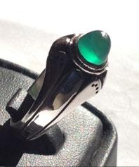 انگشتر عقیق سبز استثنایی با رکابی ظریف A-70