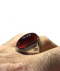 انگشتر عقيق سرخ يمني كهنه طوق دار با