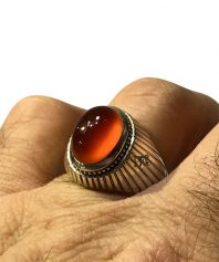 A-106 انگشتر عقیق  پرتقالی کهنه بهترین طبع و رنگ با
