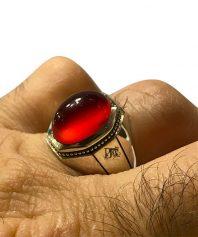 انگشتر عقيق سرخ كهنه يمني 8ضلعی