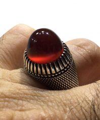 انگشتر عقيق سرخ يمني طوقدار ابدار بسيار خوش رنگ و طبع