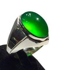 A-819 انگشتر عقیق سبز کهنه بسیار خوش رنگ