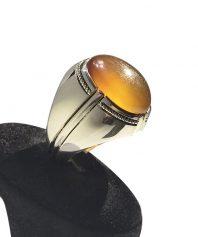 A-946 انگشتر عقیق زرد یمنی تراش بکر و دست نخورده