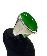 انگشتر عقيق سبز طبيعي كهنه درشت بسيار ابدار طوق دار