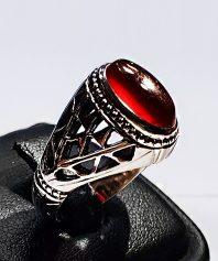 انگشتر عقیق سرخ یمنی کهنه با پایه فدیوم اسفندیار خسروی A-397 فروخته شد