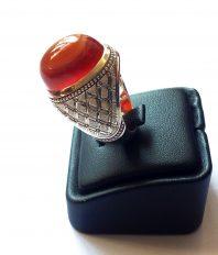 انگشتر دست ساز فدیوم مدل رولکسی بی نقص با نگین عقیق سرخ یمنی طوقدار سه پوستA-214