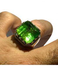 انگشتر ترمالين سبز درشت