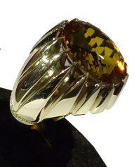 انگشتر یاقوت الکساندریت با رنگ متنوع
